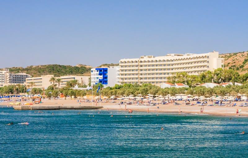 Vacances en mer La station de vacances de Faliraki Île de Rhodes La Grèce photographie stock libre de droits