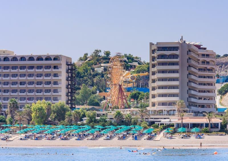 Vacances en mer La station de vacances de Faliraki rhodes La Grèce photographie stock