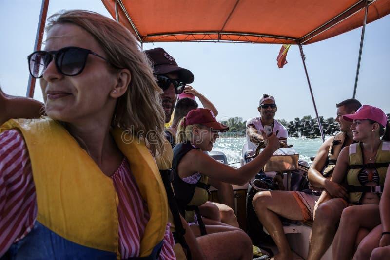 Vacanza estiva al Mar Nero, località di soggiorno Costinesti, Romania fotografia stock