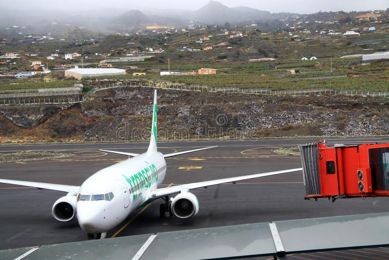 Vacanze distanti in aereo verso destinazioni distanti immagini stock libere da diritti