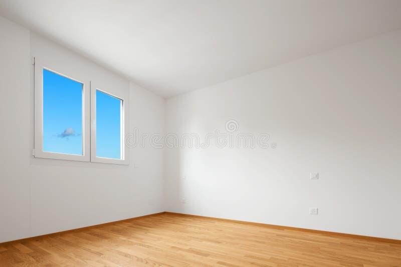 Vacie el apartamento moderno, las paredes vacías del espacio y blancas fotos de archivo