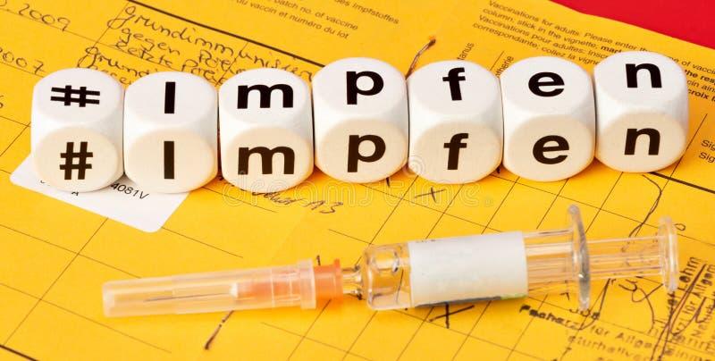 Vacine; vacina escrita com dados foto de stock
