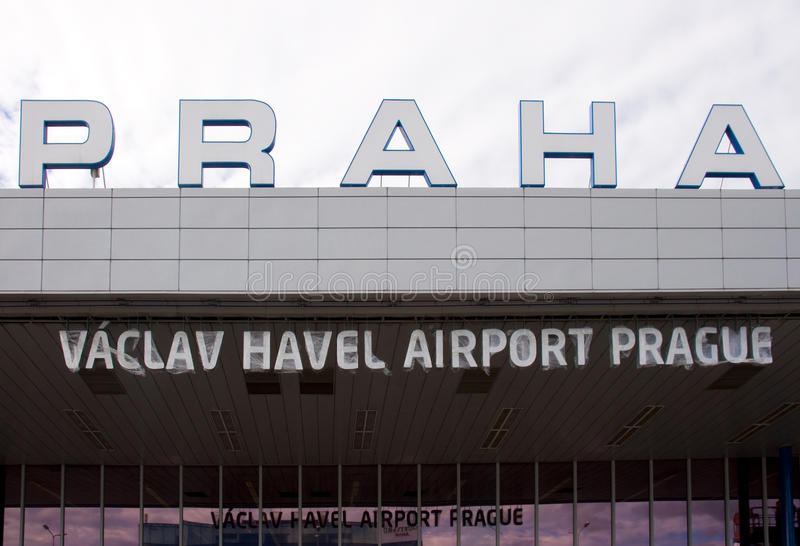 Vaclav Havel flygplats Prague royaltyfria foton