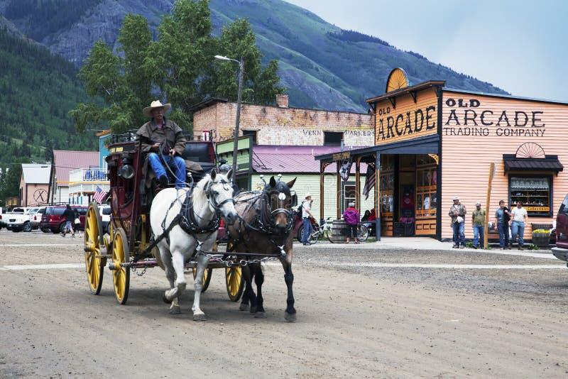 Vagão coberto e cavalos, Silverton, Colorado, EUA imagens de stock