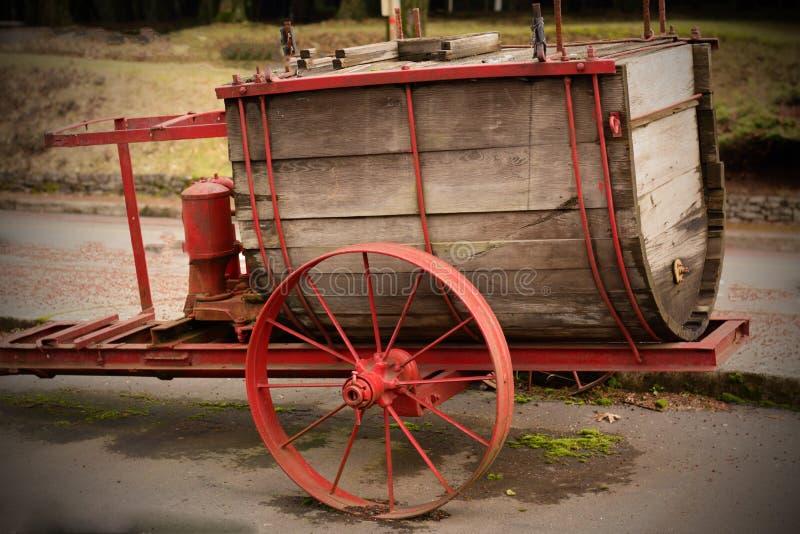 Vagão de água antigo. foto de stock royalty free