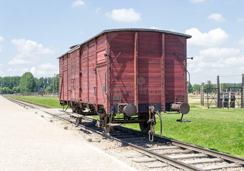 Vagão velho do trem do transporte, campo de concentração de Auschwitz-Birkenau foto de stock royalty free