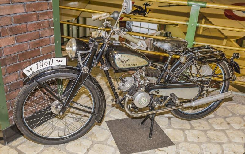 vagabond de bmw r 23 de moto l 39 allemagne 1938 1940 photo stock ditorial image 69340368. Black Bedroom Furniture Sets. Home Design Ideas
