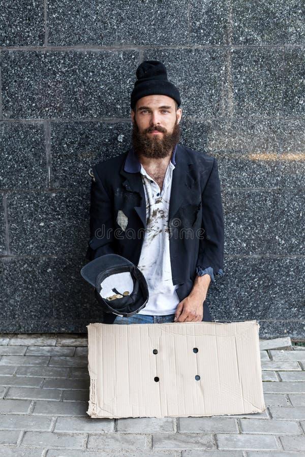 Vagabundo en la calle fotos de archivo libres de regalías