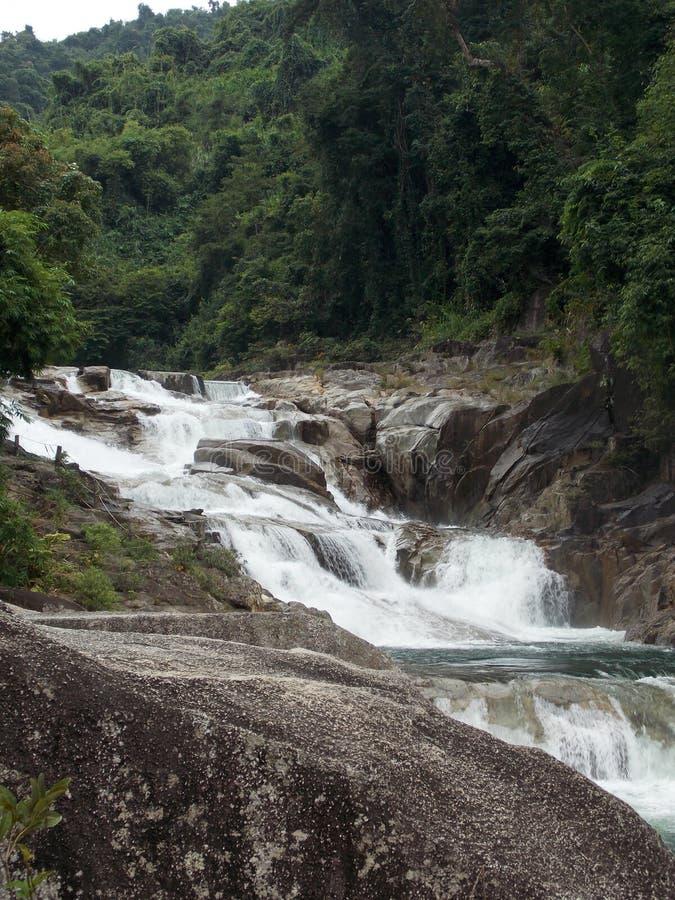 Vagabundos Ho Waterfalls, Vietname imagens de stock royalty free