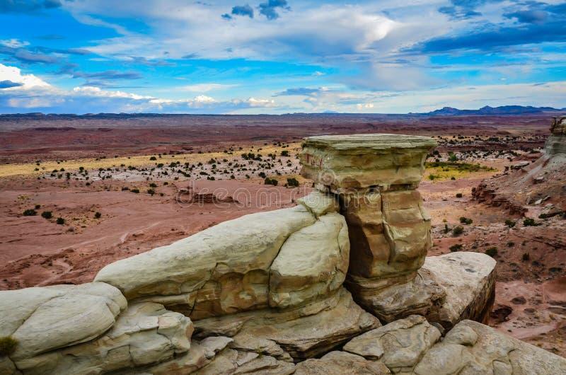 Vagga bildande - den tidiga slottdalen - Utah royaltyfri bild
