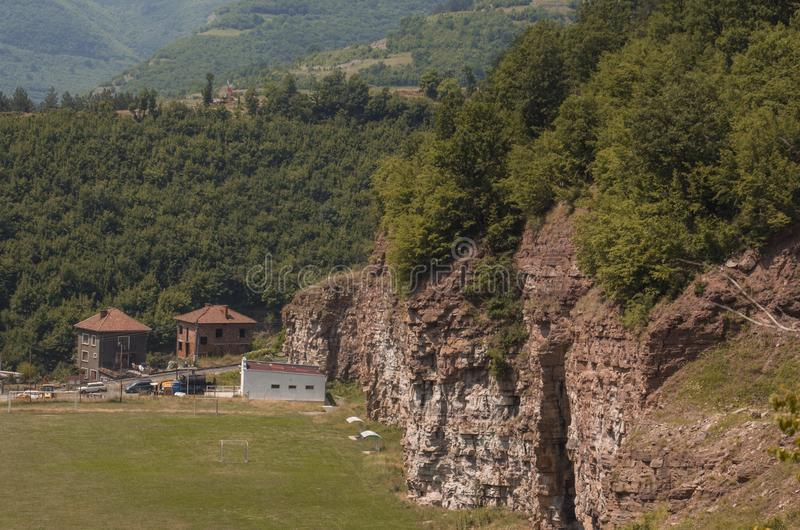 Vagga bildande i Gara Bov, Sofia Province, Bulgarien arkivfoto