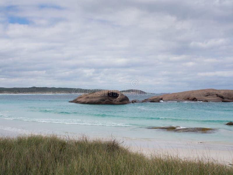 Vaggar av skymninglilla viken, Esperance, västra Australien fotografering för bildbyråer