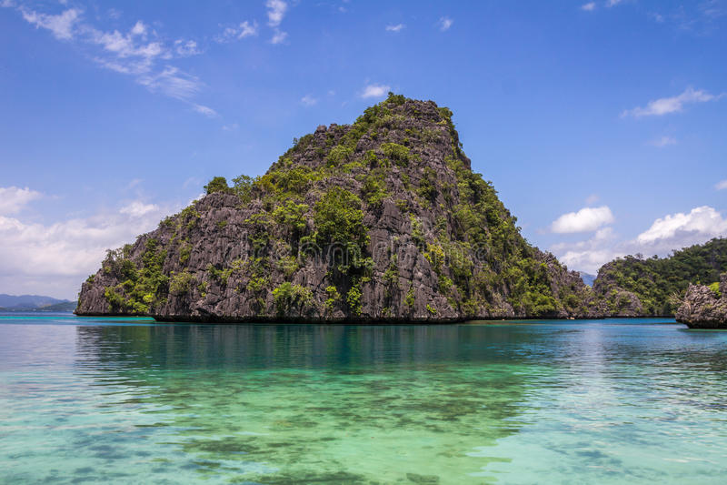 Vaggar i Coron Palawan Filippinerna royaltyfria foton