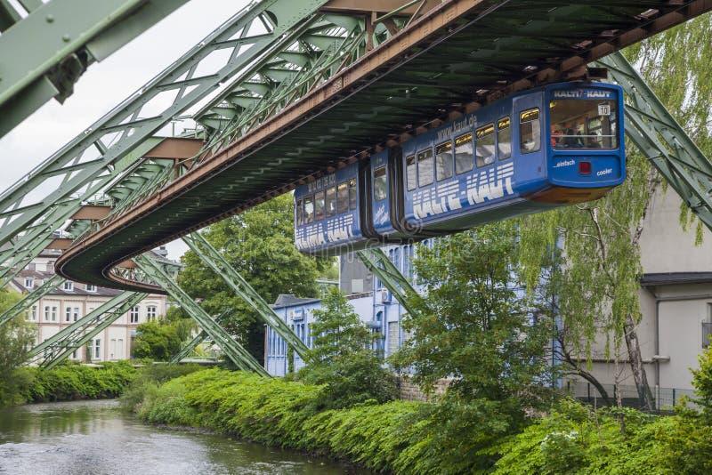 Vagone della ferrovia della sospensione di Wuppertal immagine stock libera da diritti