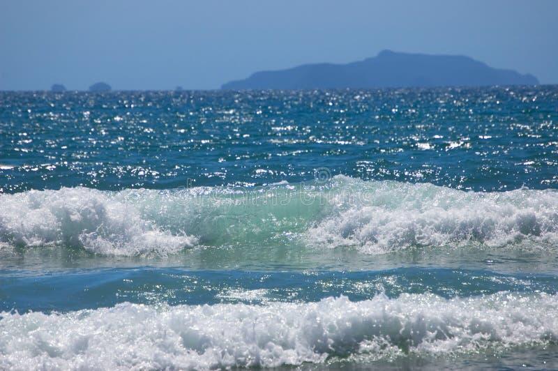 Vague déferlante d'océan photo stock