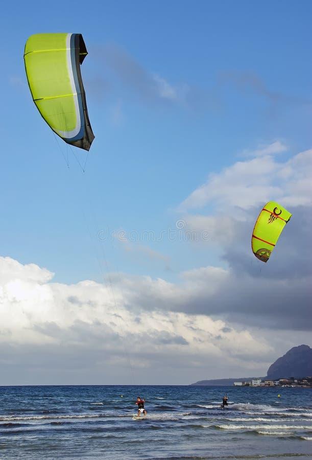 Vague Déferlante De Cerf-volant Dans Majorca Photographie stock