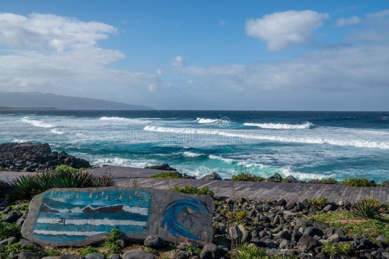 Vagues bleues de rbara de ¡ de bà de Santa, Açores photo libre de droits