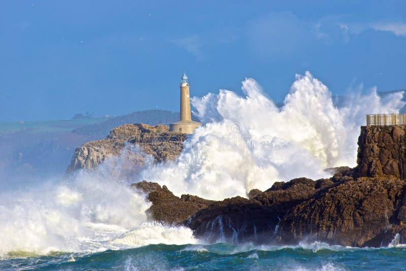 Vagues courageuses de mer images libres de droits