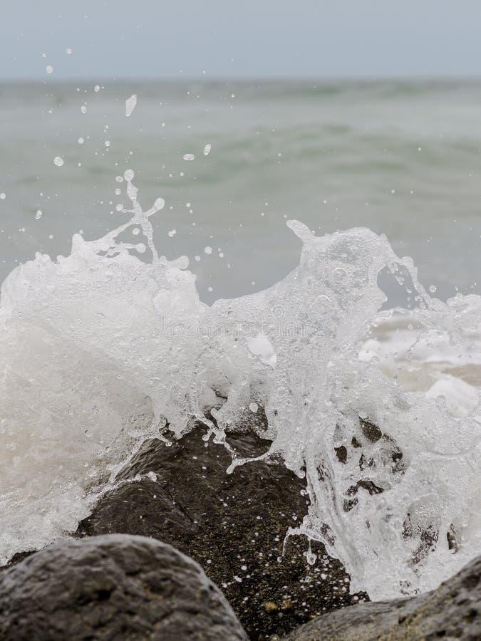 Vagues de l'Océan Atlantique photo libre de droits