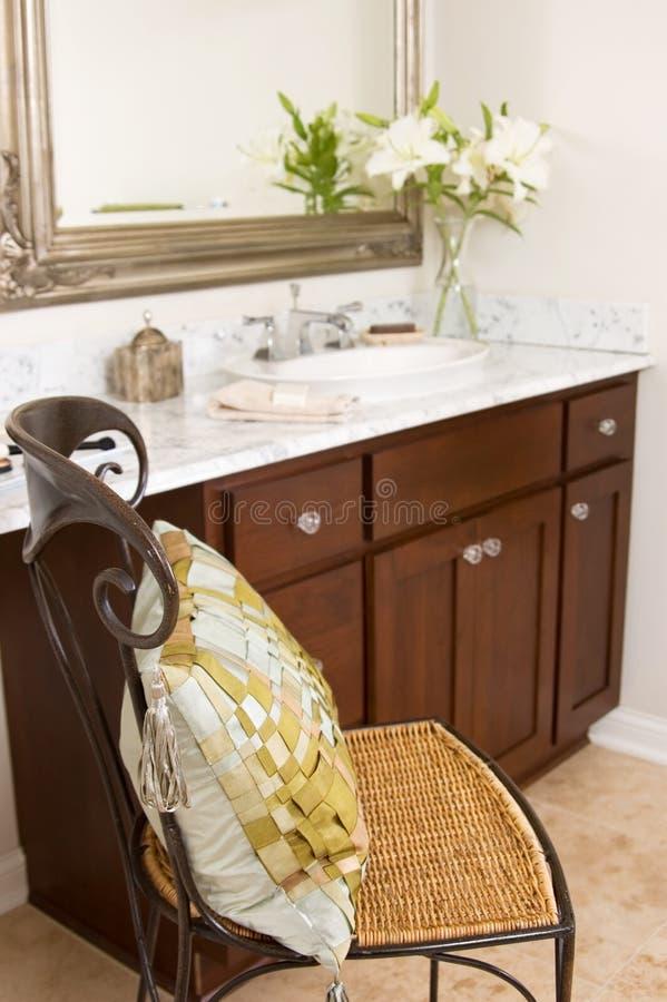 Vaidade do banheiro fotografia de stock royalty free