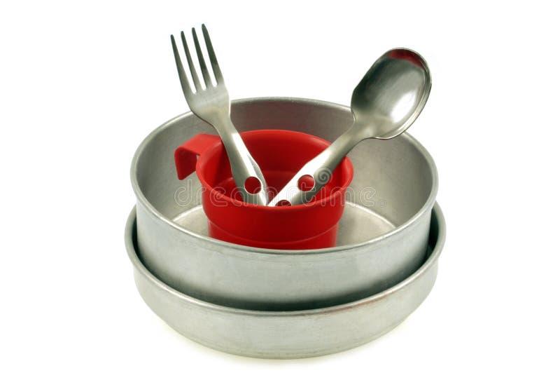 Vaisselle pour camper sur un fond blanc image stock