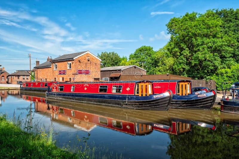 Vakantie Narrowboats, Worcester stock foto's