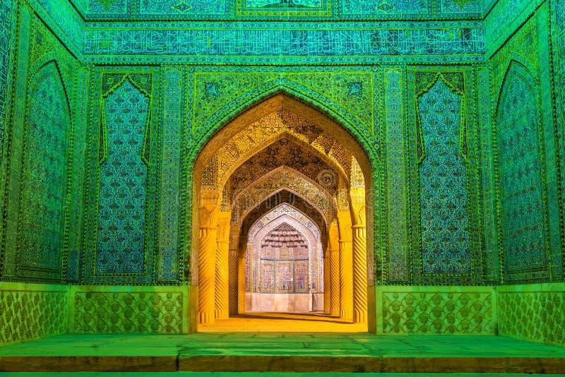 Vakil清真寺入口在设拉子,伊朗 库存图片