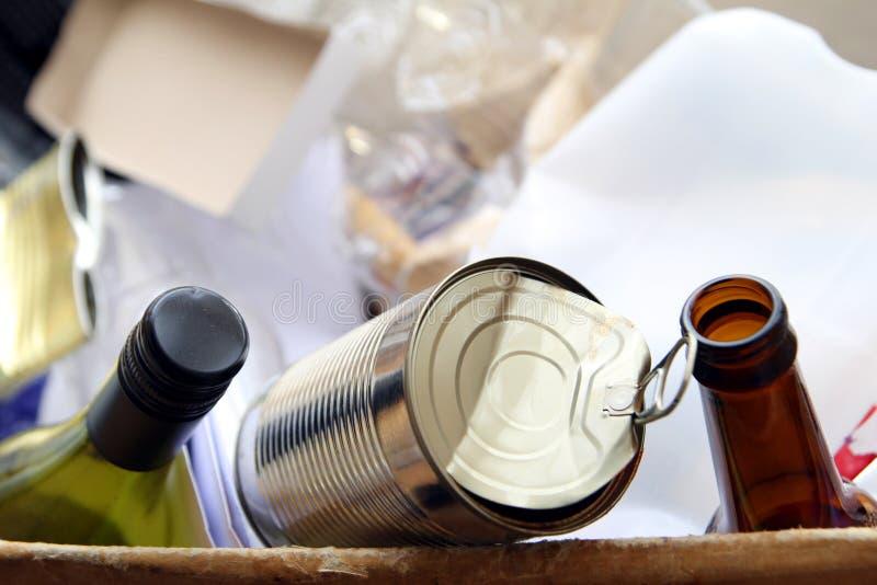 Vakje, binnenlands, verpakking, afval, vriendschappelijk recycling, ecologisch, levensstijl, huisvuil, vuilnis, milieu, document, royalty-vrije stock afbeeldingen