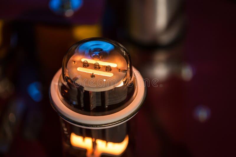 Vakuumröhre lizenzfreie stockfotos