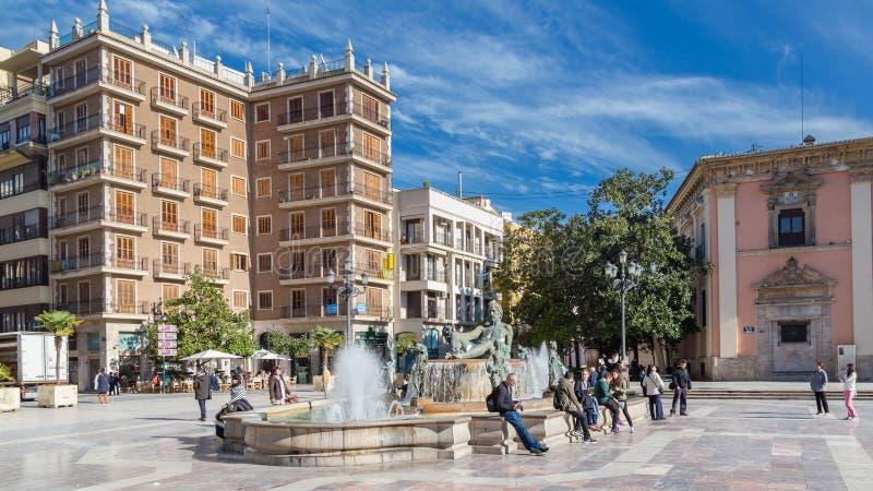 Valência, Espanha 2 de dezembro de 2016: Fonte histórica imagens de stock royalty free
