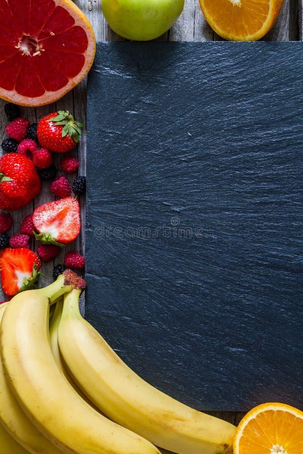 Val av grönsaker och fruktsaft royaltyfria bilder