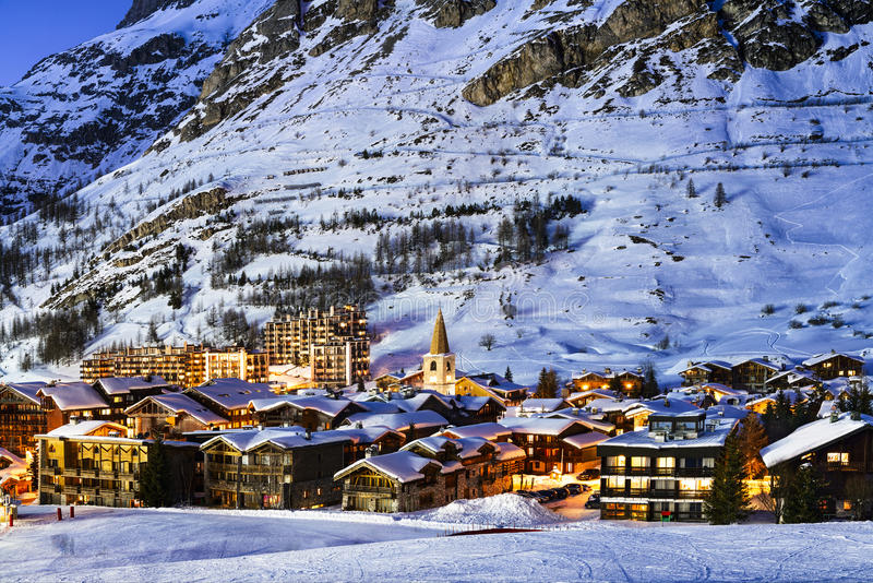 Val d'Isère stad royalty-vrije stock fotografie