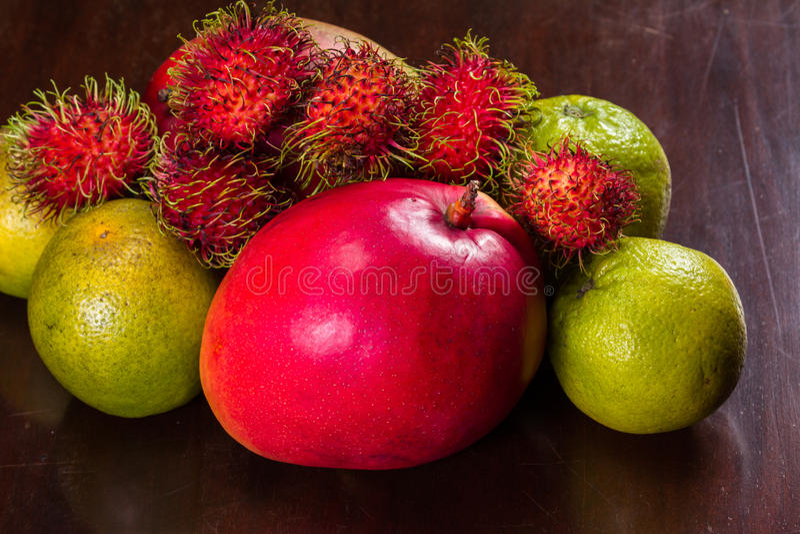 Val för tropisk frukt royaltyfria foton