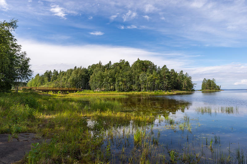 Valaam ölandskap på en solig dag royaltyfria bilder