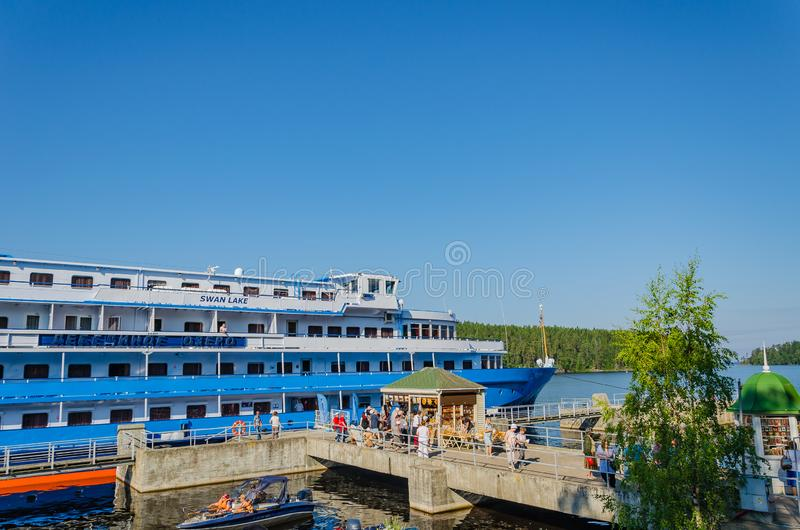 Valaam-Insel, Russland - 07 17 2018: Das Motorschiff stockfoto