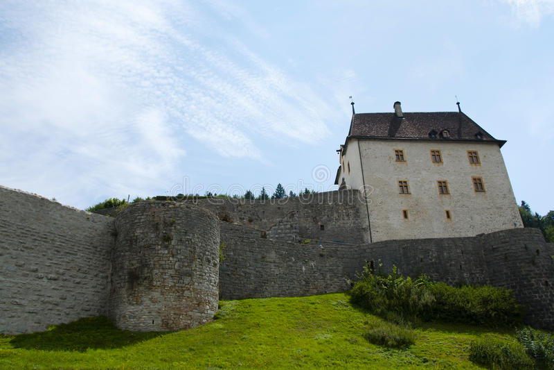 Valanginkasteel - Neuchâtel - Zwitserland royalty-vrije stock afbeeldingen
