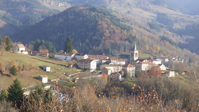 Valcivieres, een dorp in livradois forez, Auvergne, Frankrijk royalty-vrije stock afbeeldingen