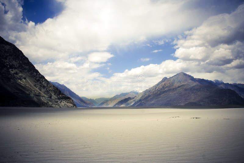 Vale de Nubra, Ladakh, Kashmir. foto de stock royalty free