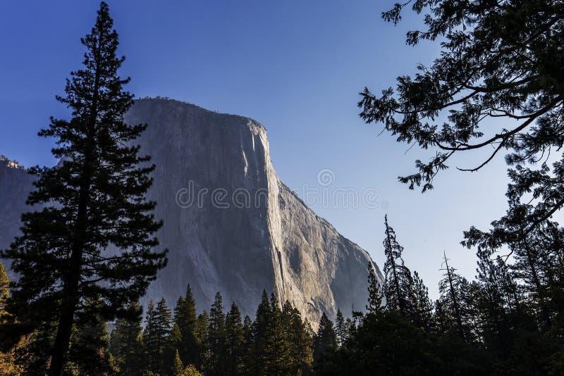 Vale de Yosemite, parque nacional de Yosemite, Califórnia, EUA imagens de stock