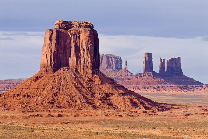 Vale do monumento - butte do sandstone fotos de stock royalty free