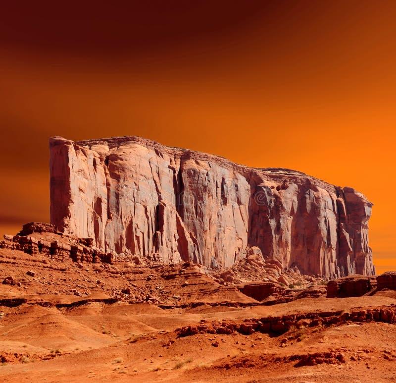 Vale do monumento dos céus do por do sol imagem de stock royalty free