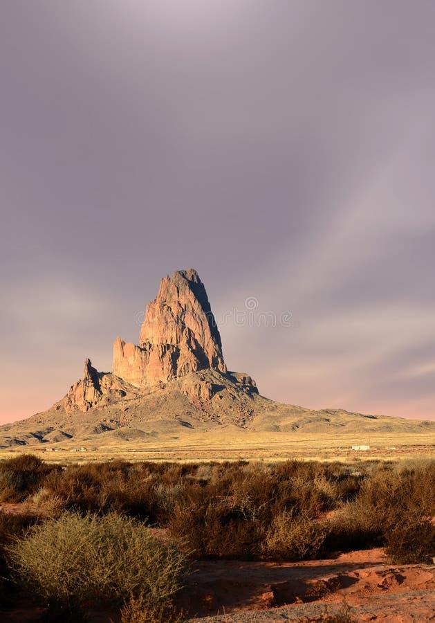 Vale do monumento dos céus do por do sol fotografia de stock royalty free
