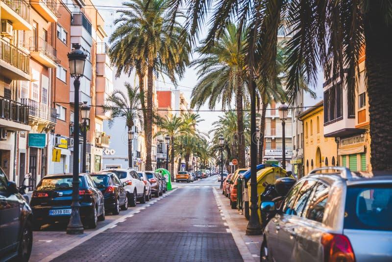 Valence, Espagne - 05 18 2018 : Rues étroites d'EL Cabanyal images stock