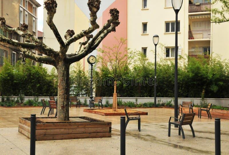 Valence, França - 13 de abril de 2016: a cidade pitoresca imagens de stock royalty free