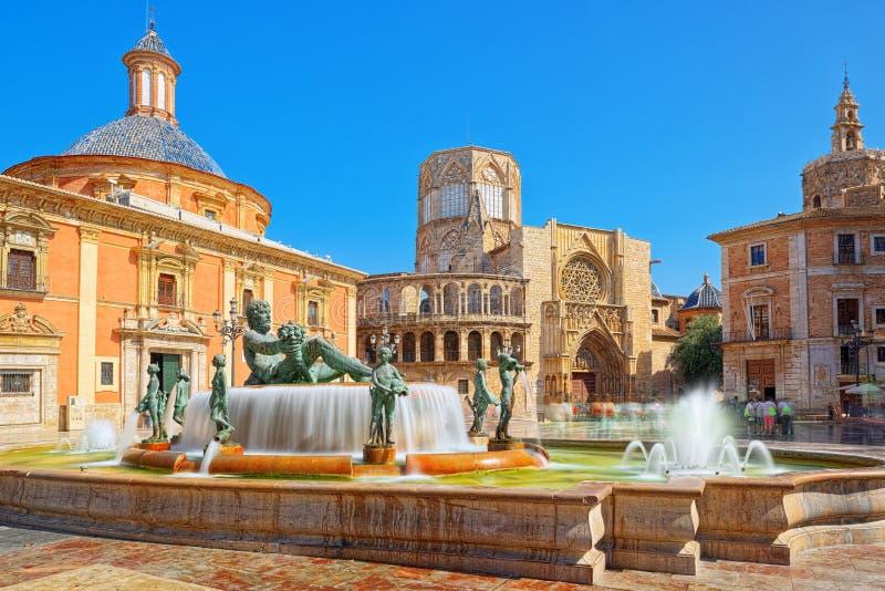 Valencia Fountain Rio Turia op Vierkant van de Maagdelijke Heilige Mary, stock afbeelding