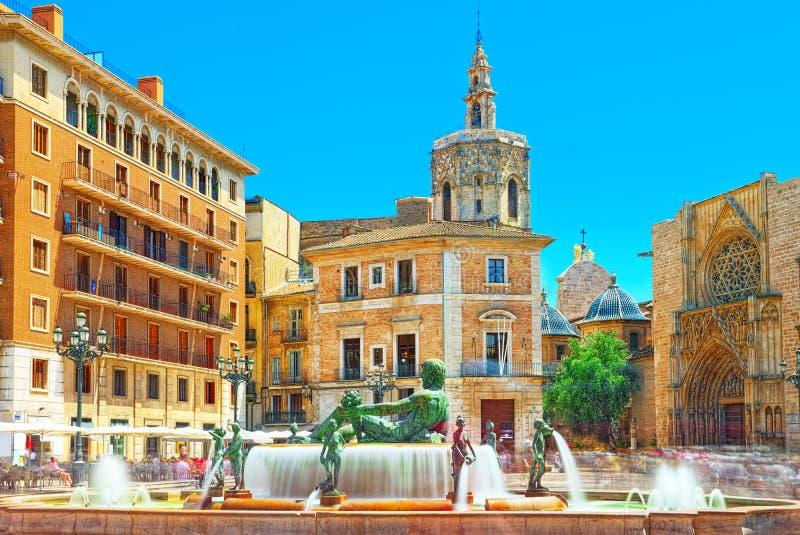 Valencia Fountain Rio Turia op Vierkant van de Maagdelijke Heilige Mary, royalty-vrije stock afbeelding