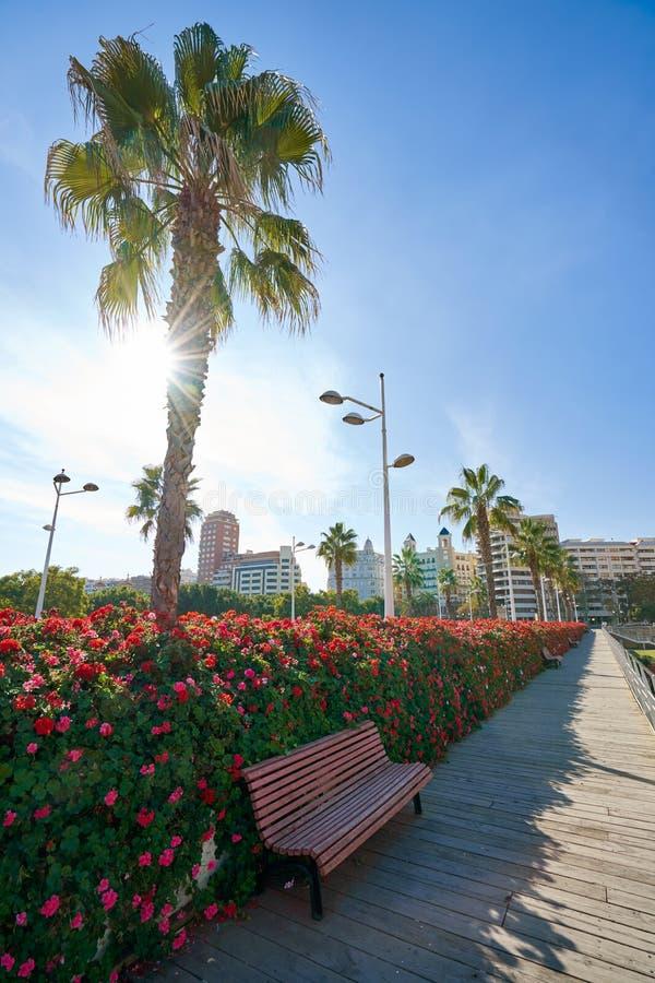 Valencia Puente de Las Flores fiorisce il ponte immagine stock