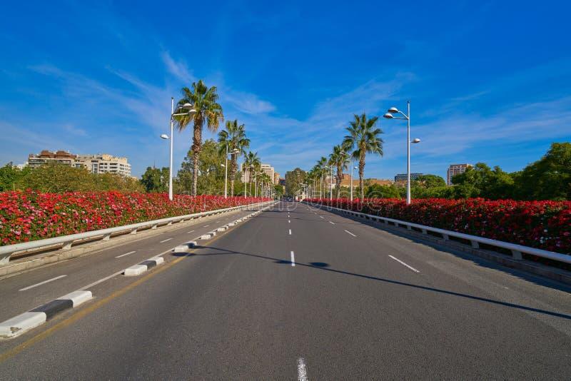 Valencia Puente de Las Flores fiorisce il ponte immagini stock