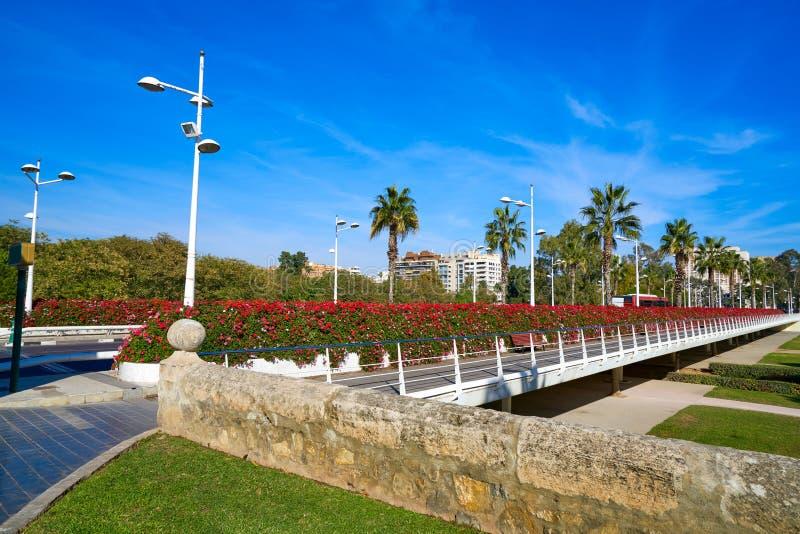 Valencia Puente de Las Flores fiorisce il ponte immagini stock libere da diritti