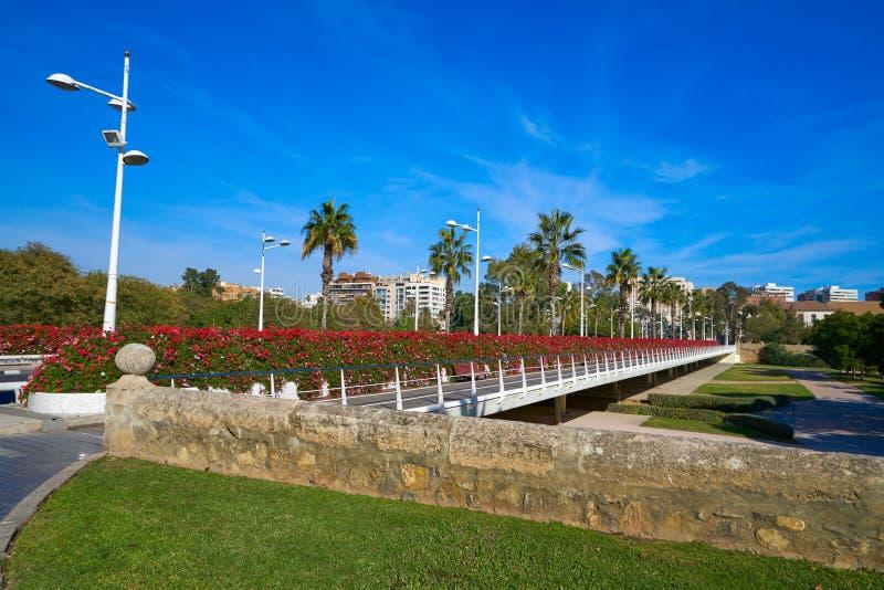 Valencia Puente de Las Flores fiorisce il ponte immagine stock libera da diritti
